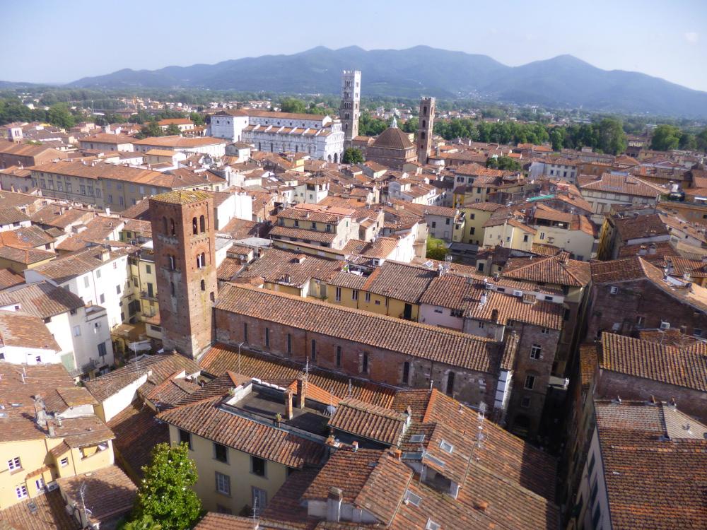 Lucca-vista-torre-ore